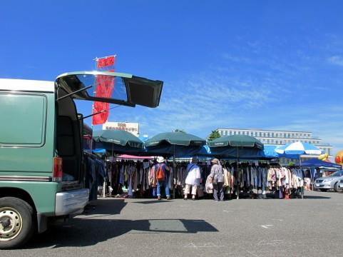フリーマーケット in サンシャインワーフ神戸