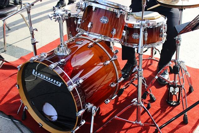 drum-kit-1946753_640