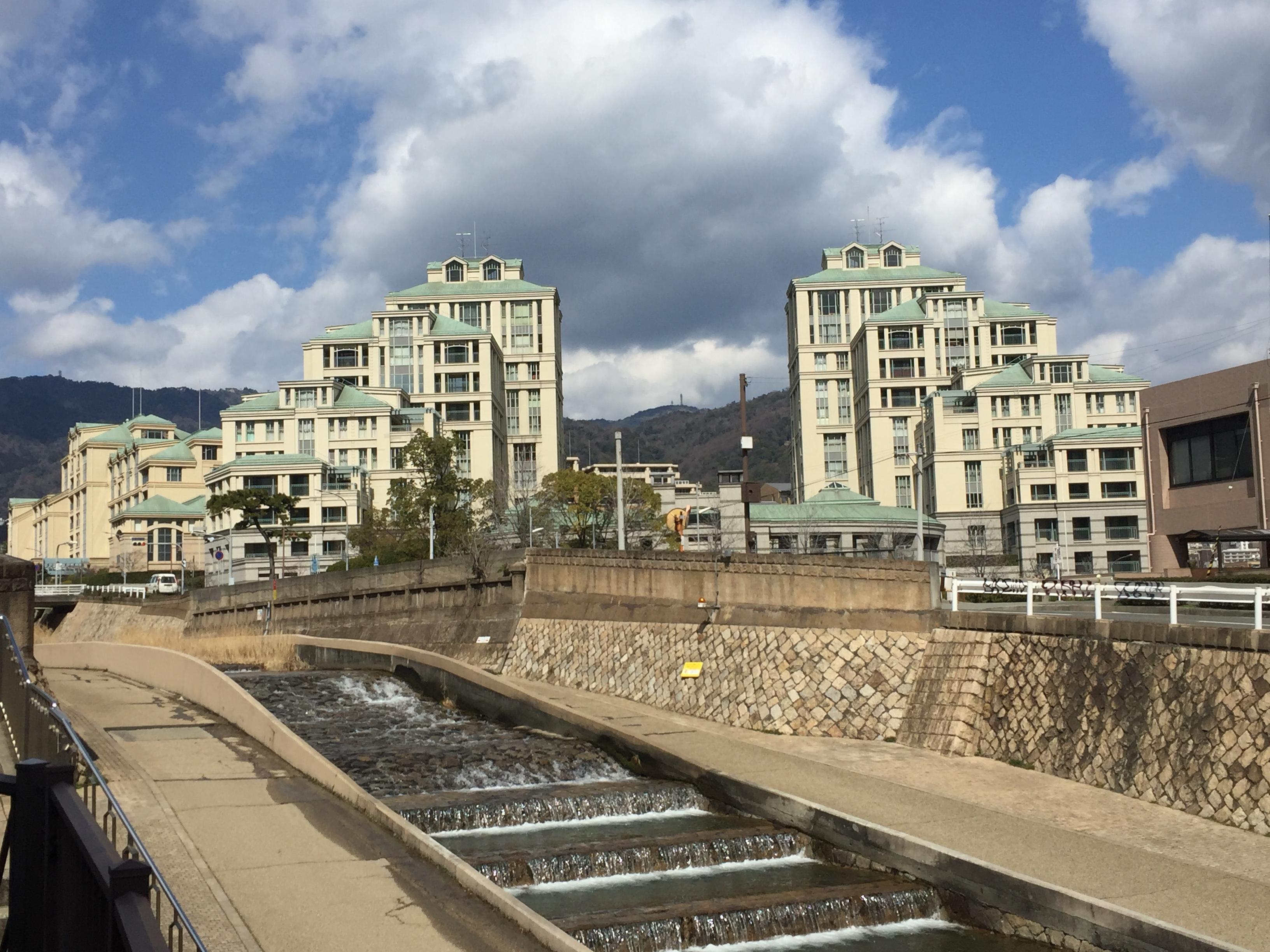東灘区のご紹介:関西・住みたい街ランキング2016(SUUMO)で「岡本」が総合第4位!