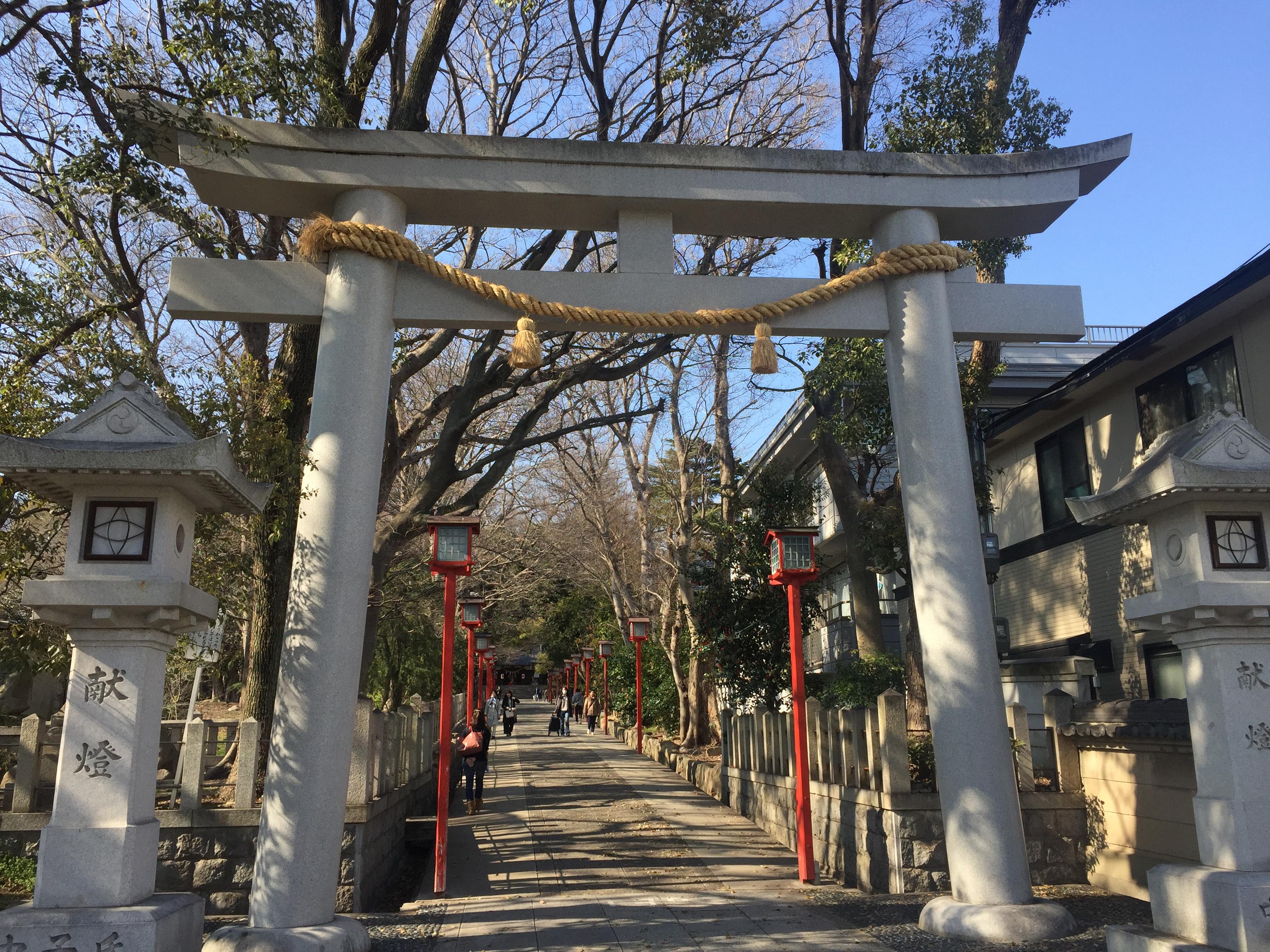 阪急六甲にある「六甲八幡神社」の境内で陽気にリフレッシュ♪【※写真付レポ】