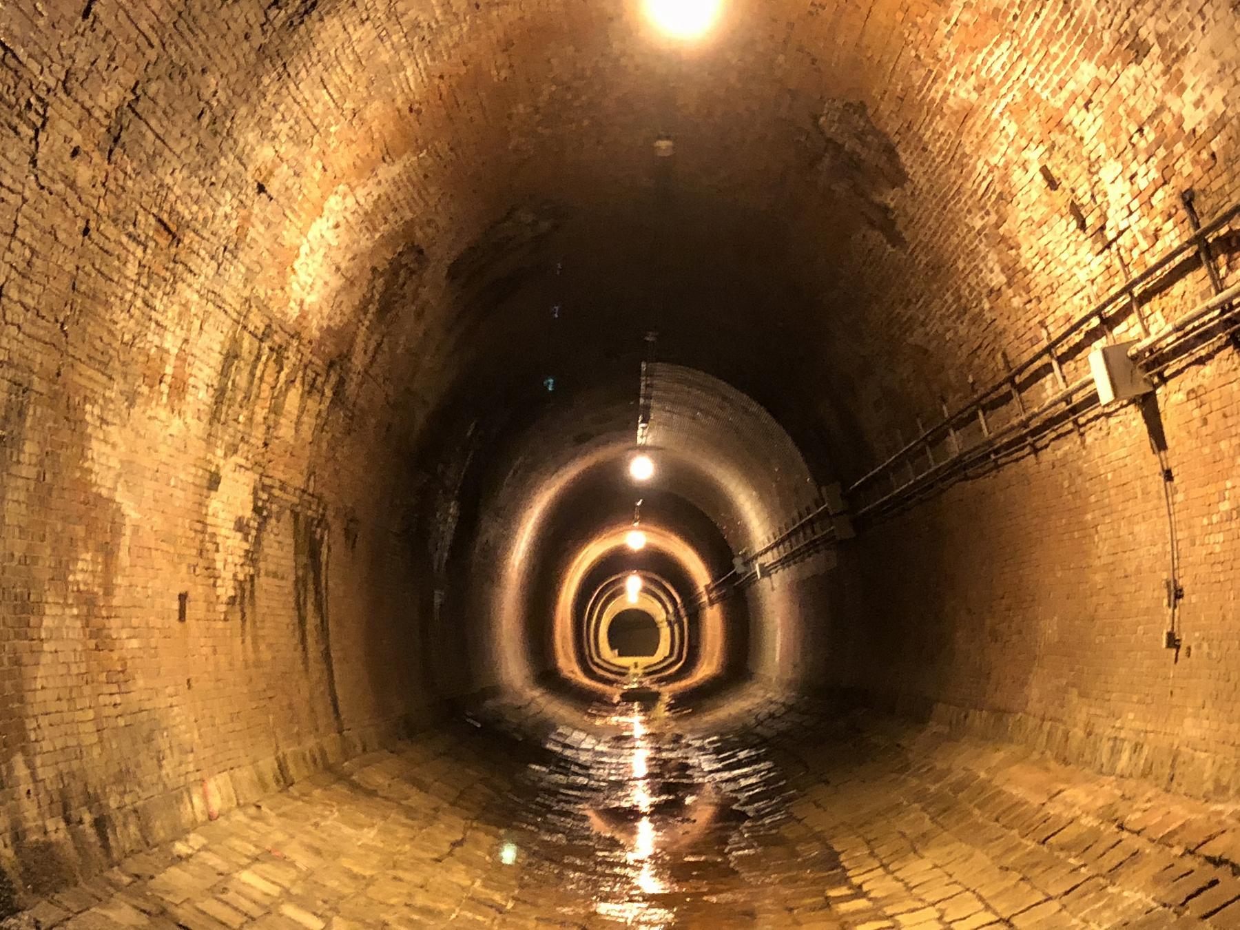 神戸・兵庫区にある「湊川隧道」の一般公開に参加、内部を歩いてみた! #湊川隧道 #近代建築