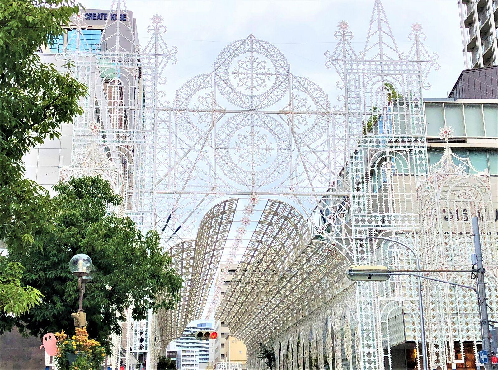 「神戸ルミナリエ2018」の飾りつけがスタート!開催期間は12月7日(金)~12月16日(日)まで #神戸ルミナリエ #旧居留地 #神戸観光 #ルミナリエ