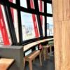 神戸ポートタワー展望3階回転フロアに、清酒の「SAKE TARU LOUNGE(サケ タル ラウン